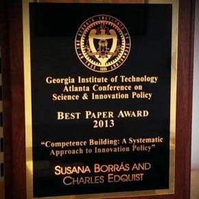 Charles and Susana receive Best Paper Award at AtlantaConference